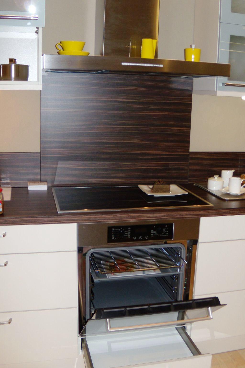 arbeitsplatte eckstuck interior design und m bel ideen. Black Bedroom Furniture Sets. Home Design Ideas